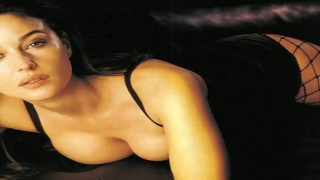 Monica Bellucci Slideshow
