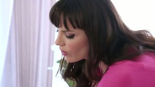 The Teen Dana Dearmond Is Masseuse And She Does Her Work Good