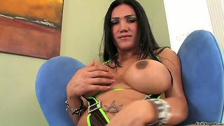 Mariam C Masturbates Hard Her She-Male Cock And Gets Orgasm