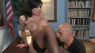 Slutty kendra lust prefers to please her boss, because she likes to swalow his tool