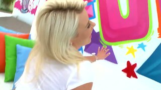 Blonde Anikka Albrite Shows Her Ass On Photo Shoot