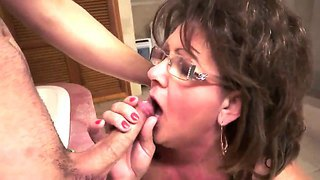Hot Action With A Old Bitch Named Gigi M Who Gets A Big Cock In Her Hairy Pussy