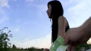 European Casting Amateur Fucked For Cash