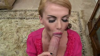 Taylor Wane Presents A Blowjob For Her Boss In Exchange Of His Semen