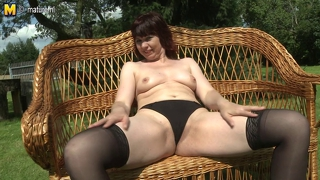 Naughty Mature Housewife Plays In The Garden