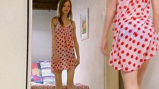 Slender Teen Chick Gloria Gets Nude For Us