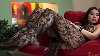 Nasty Zafira In Incredibly Hot Solo Video