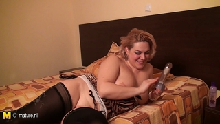 Blonde Housewife Fuck Her Holes With Sex Toys
